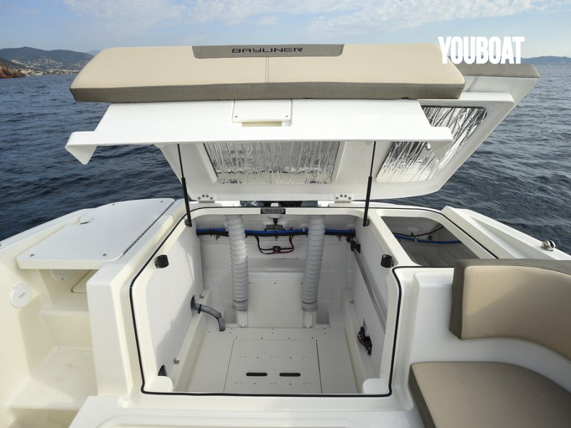 Bayliner VR5 Cuddy à vendre - Photo 11