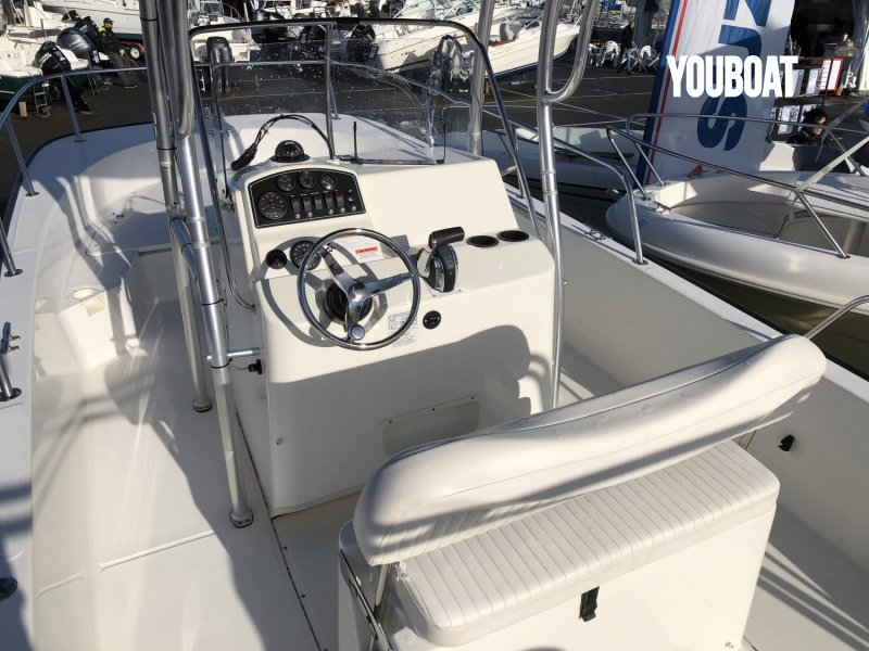 Boston Whaler 210 Montauk à vendre - Photo 6