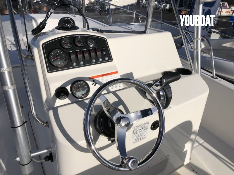 Boston Whaler 210 Montauk à vendre - Photo 7