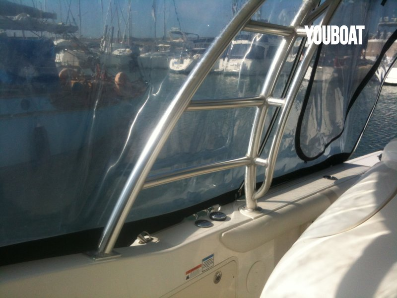 Boston Whaler 320 Cuddy à vendre - Photo 18