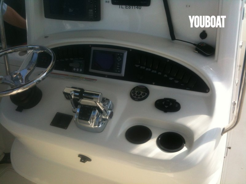 Boston Whaler 320 Cuddy à vendre - Photo 10