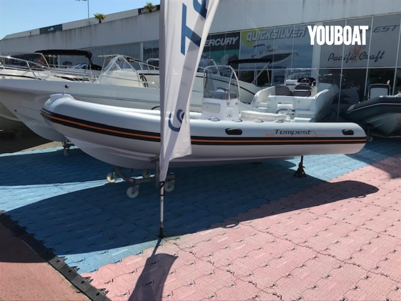 Capelli Tempest 505 Easy - 50ch 4 temps injection Yamaha (Ess.) - 5.3m - 2021 - 21.995 €