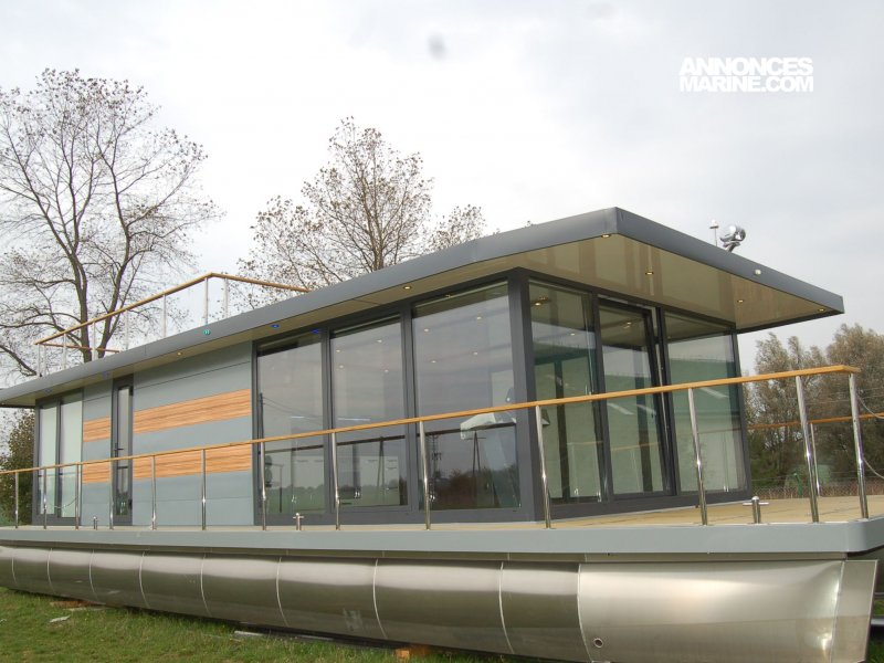 House Boat Maison Flottante 15 x 5.60m � vendre - Photo 1
