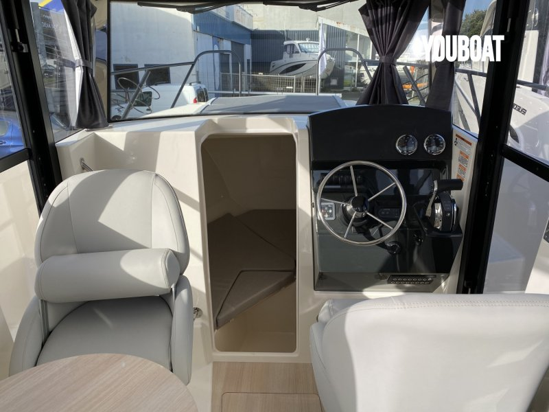 Quicksilver 805 Pilothouse à vendre - Photo 6