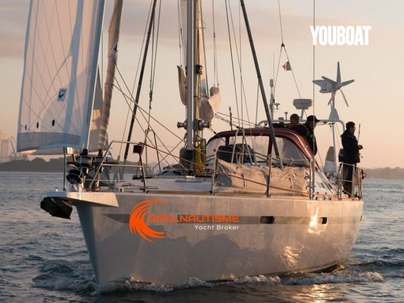 Universal Yachting 44 occasion à vendre