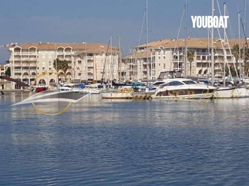 PLACE DE PORT 15 X 4.50 PORT FREJUS 2025 -  - 68.900 €