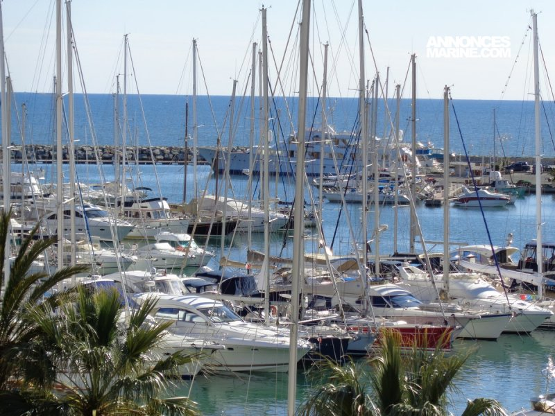 Ponton fixe d'amarrage PLACE DE PORT 12 x 4 Port Frejus � vendre - Photo 1