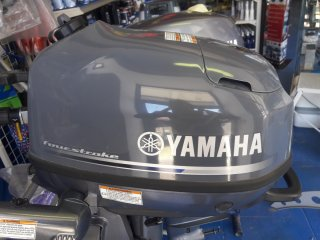 Yamaha F6 CMHL à vendre - Photo 1