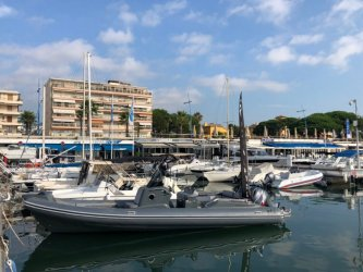 bateau occasion Nuova Jolly Prince 30 CC LUCKER YACHTS