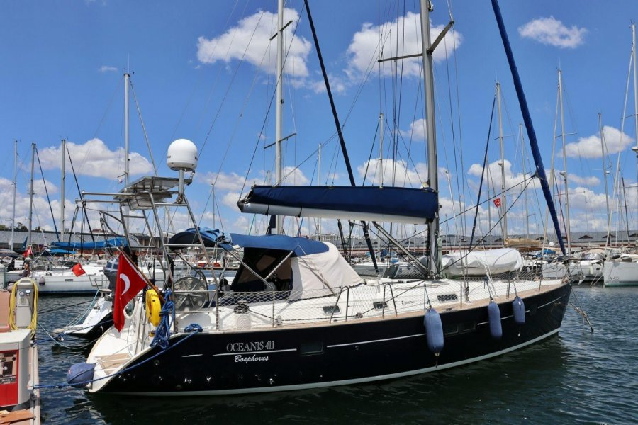 Beneteau Oceanis 411 for sale by