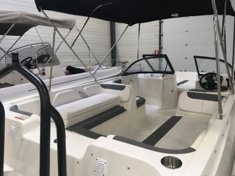 Bayliner E7 � vendre - Photo 4