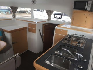 Lagoon Lagoon 380 � vendre - Photo 12