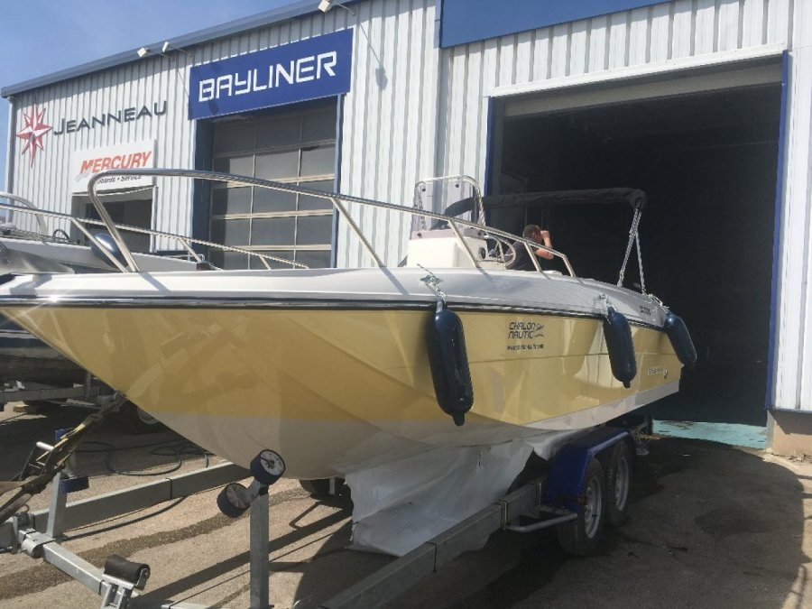 Bayliner Element CC7 occasion à vendre