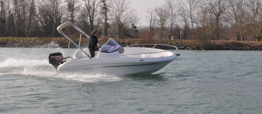 Selection Boats Aston 18 nuovo