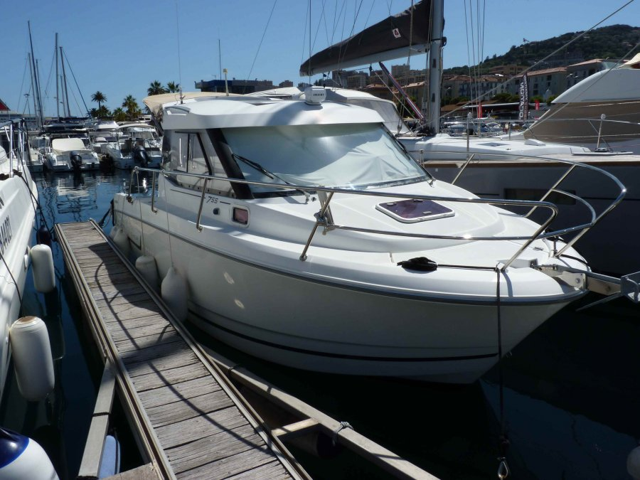 Jeanneau Merry Fisher 755 à vendre par