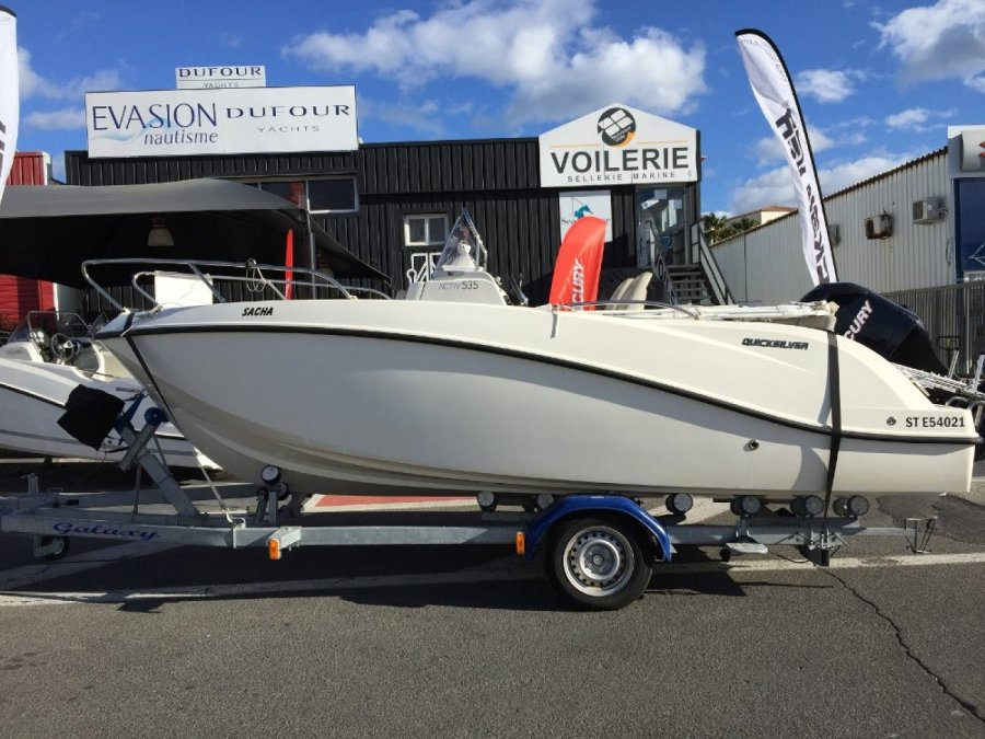 Quicksilver Activ 535 Open à vendre par