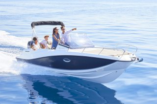 Quicksilver Activ 675 Sundeck � vendre - Photo 1