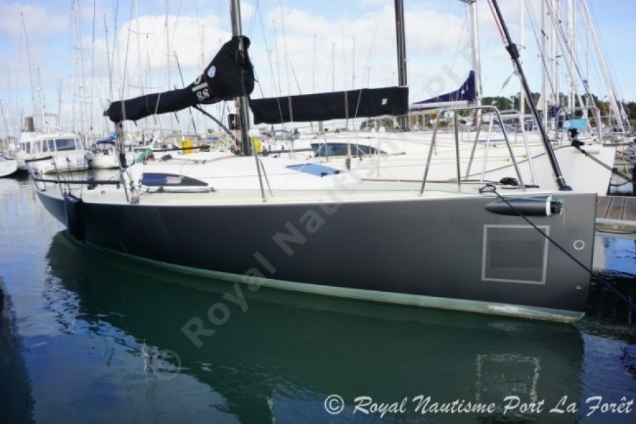 J Boats 88 occasion
