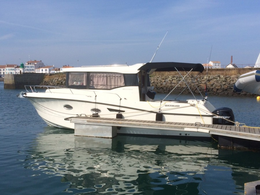 Quicksilver Captur 905 Pilothouse à vendre par