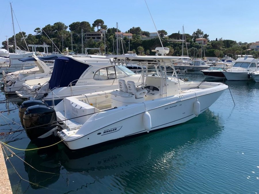Boston Whaler 320 Outrage à vendre par