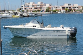 achat bateau Kelt White Shark 248 CHANTIER NAVAL YES - MAGASIN BIGSHIP - YES COURTAGE