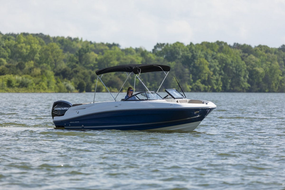 Bayliner VR6 OB new