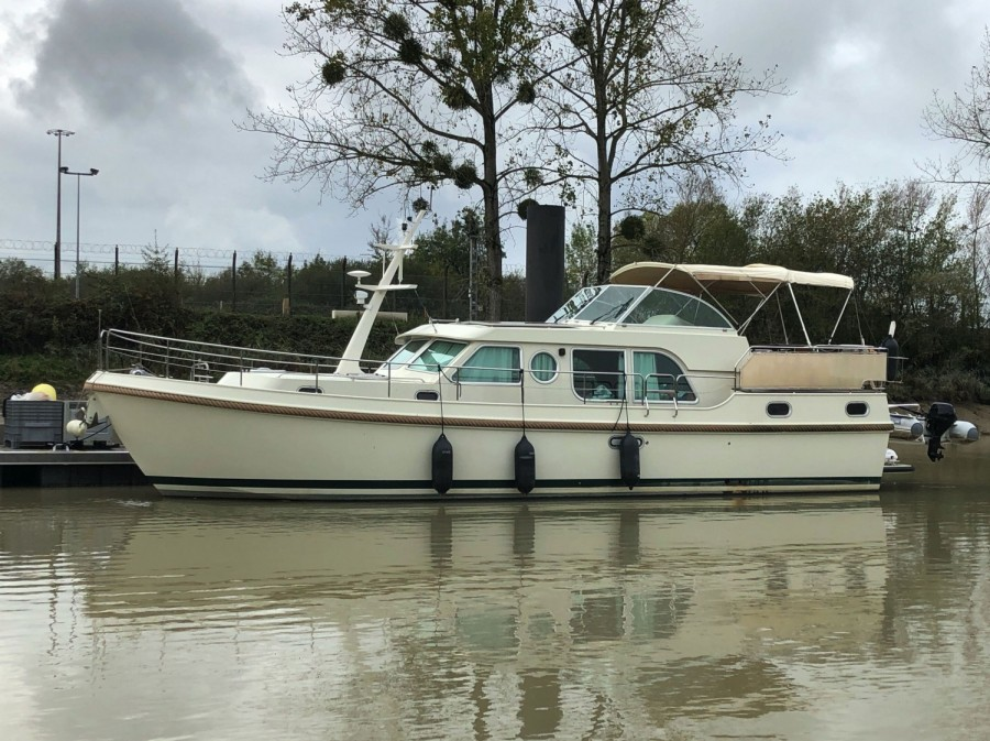 Linssen Grand Sturdy 43.9 AC used