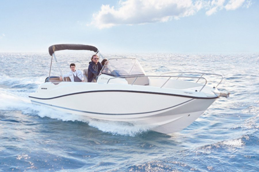 Quicksilver Activ 675 Open nuovo
