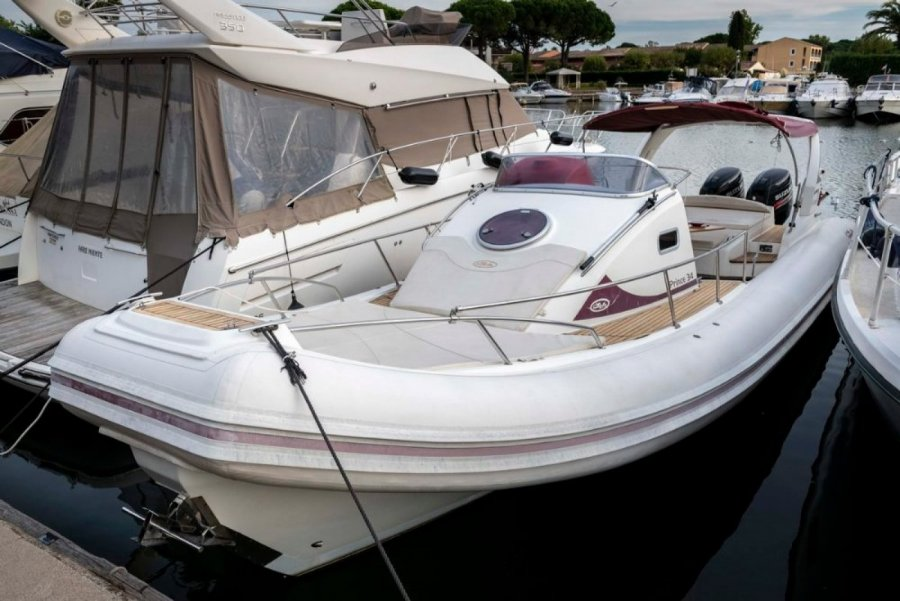 Nuova Jolly Prince 34 Cabine used
