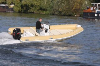 annonce bateau Selection Waves Selection Waves 580