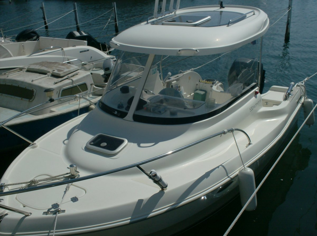 Quicksilver 530 Pilothouse usato