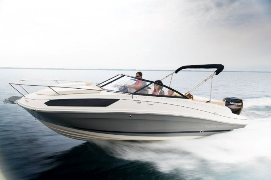 Bayliner VR5 Cuddy neuf