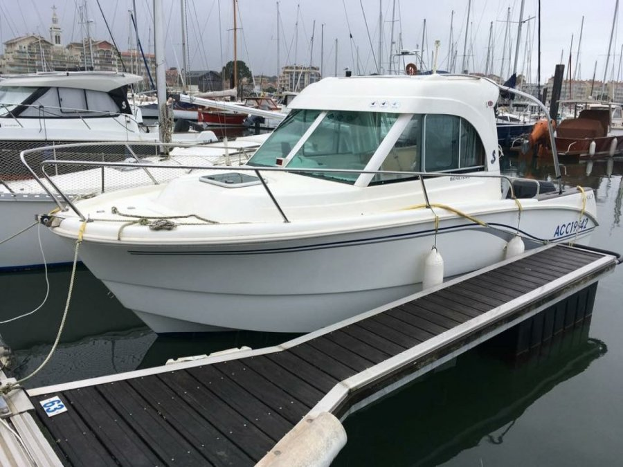 Beneteau Antares 650 used