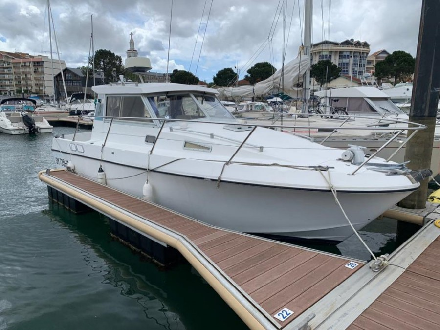 Beneteau Antares 860 used