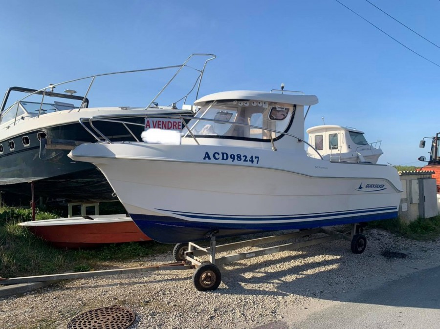 Quicksilver 640 Pilothouse used