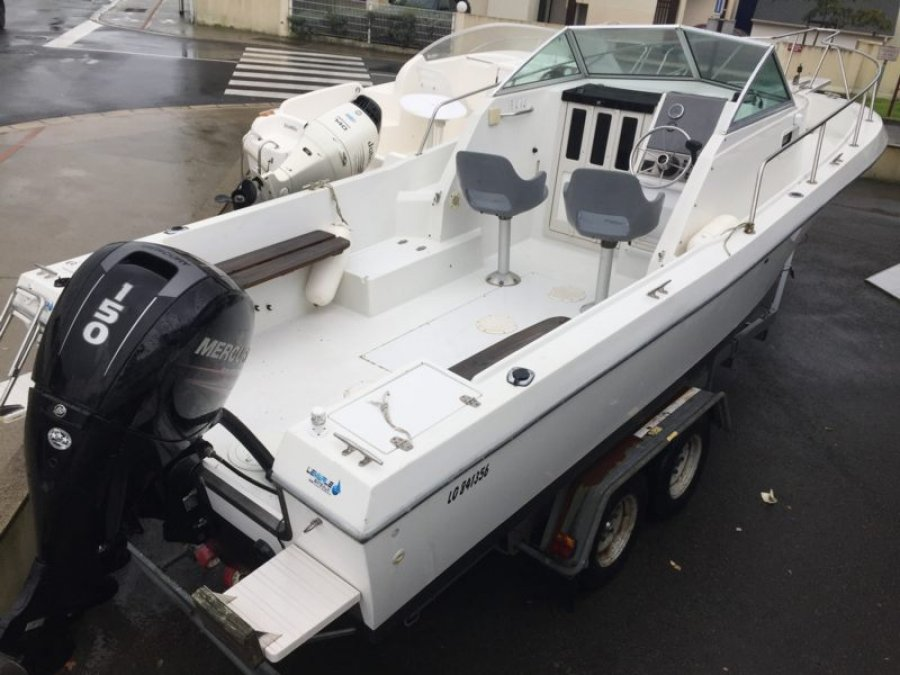 Chris Craft Sea Hawk 216