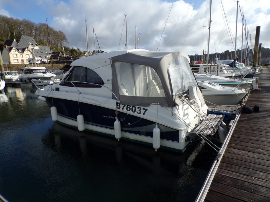 Beneteau Antares 8 S occasion