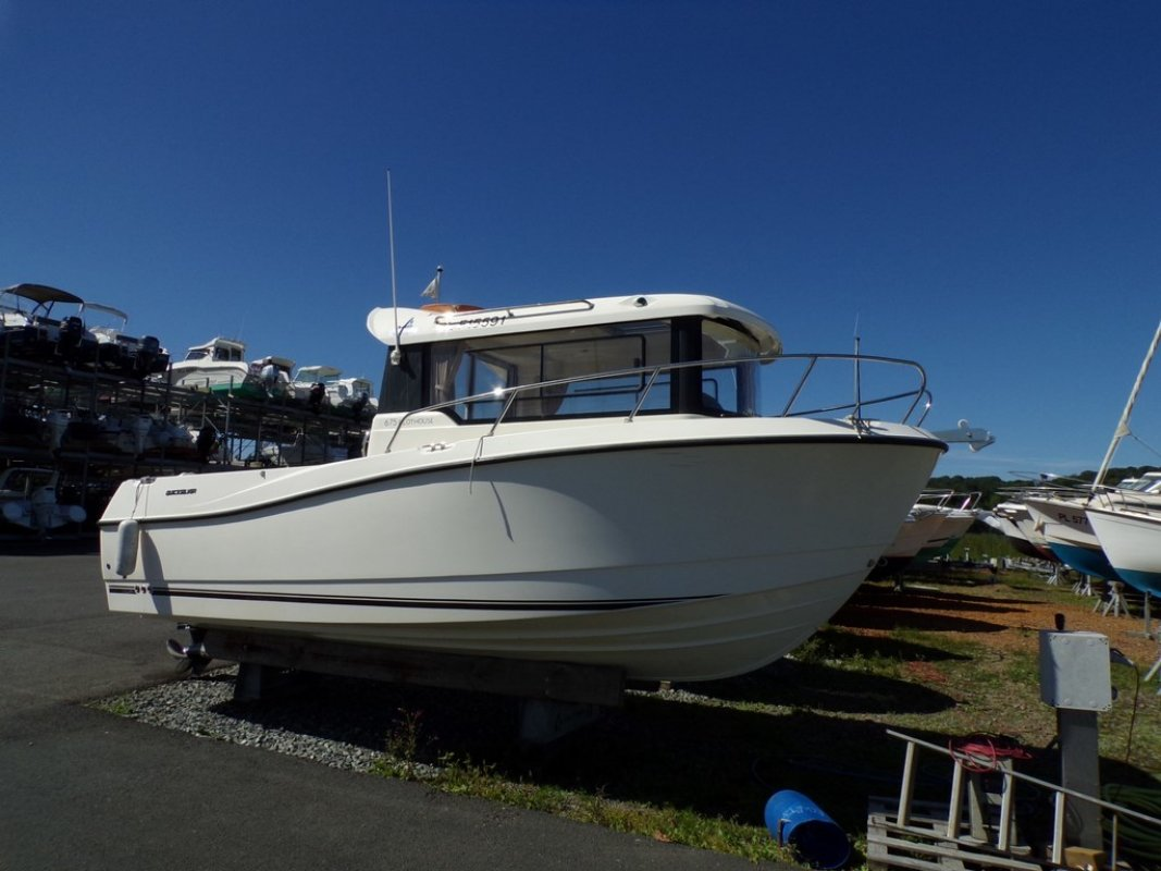 Quicksilver 675 Pilothouse ocasión