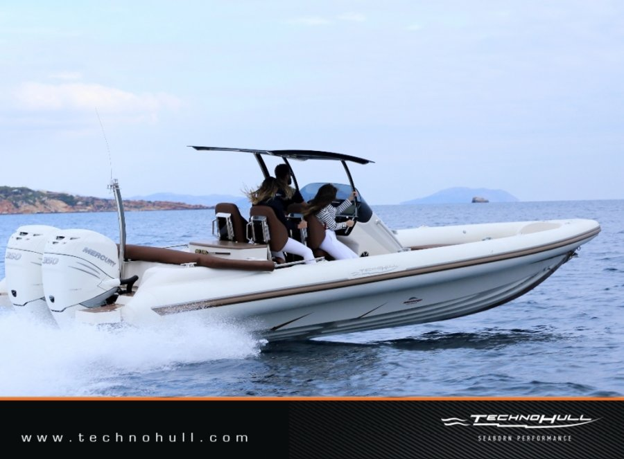 Technohull Seadna 999 new
