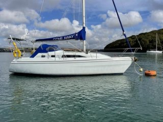 Hunter Channel 32 used for sale