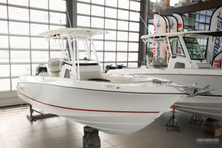 achat bateau Boston Whaler Boston Whaler 230 Outrage BARCARES YACHTING