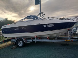 achat bateau Bayliner Discovery 192 PLAUD NAUTISME