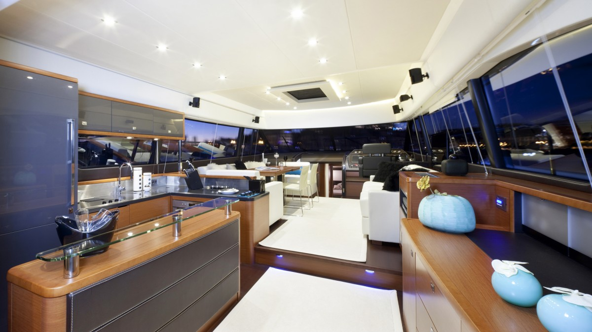 Interieur bateau de luxe fashion designs for Yacht de luxe interieur