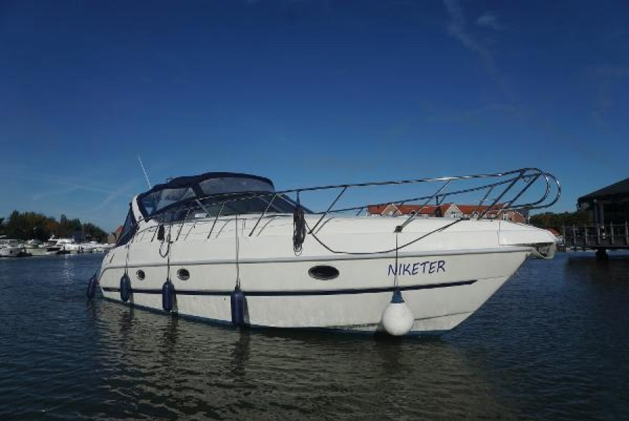 Cranchi Zaffiro 34 for sale by
