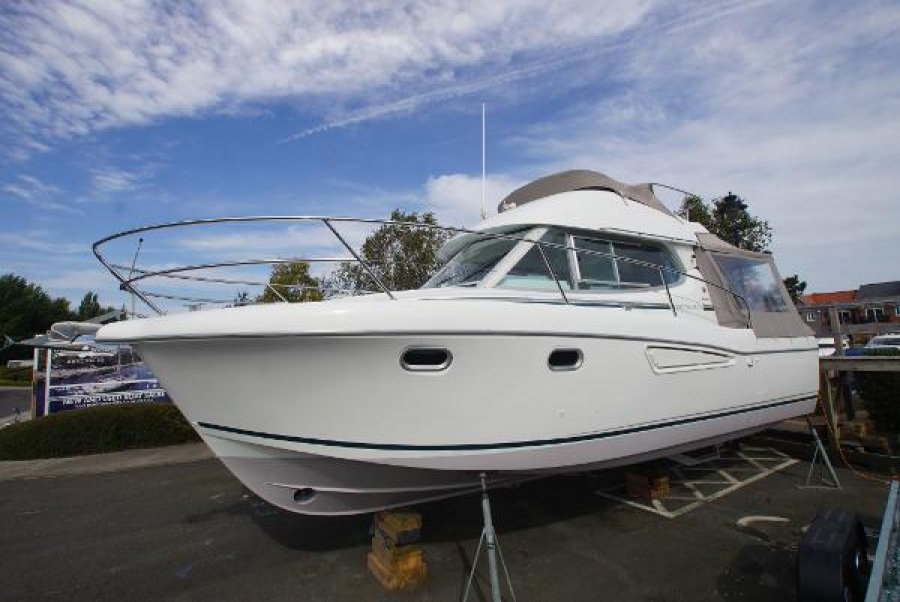 Jeanneau Merry Fisher 925 for sale by