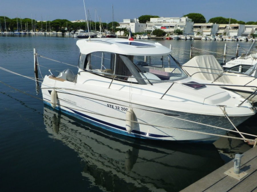 Beneteau Antares 680 HB used
