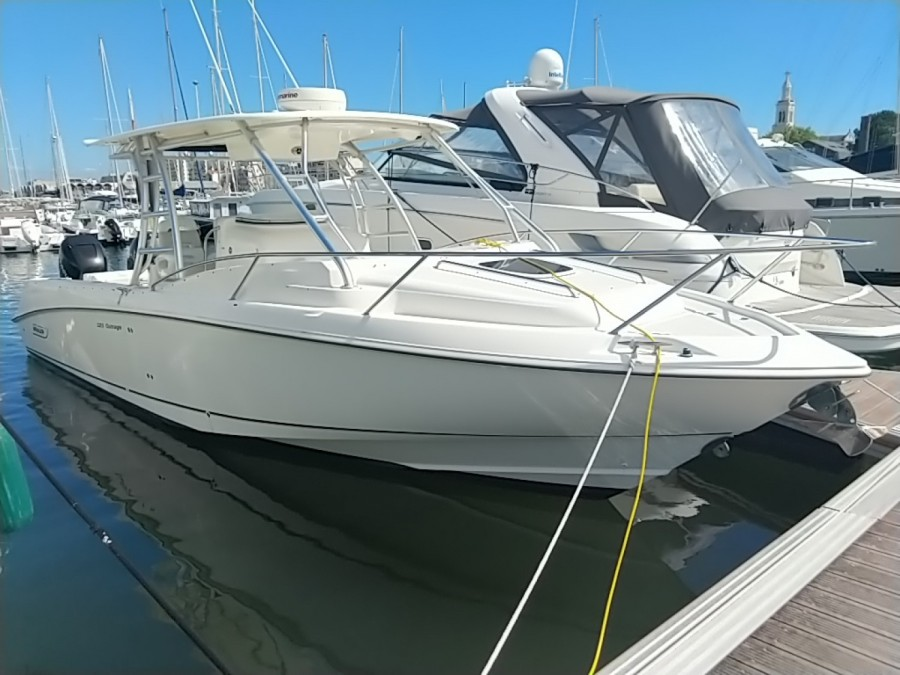 Boston Whaler 320 Outrage occasion