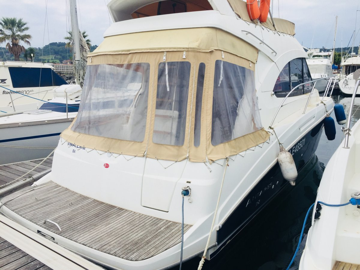 Beneteau Antares 32 Occasion