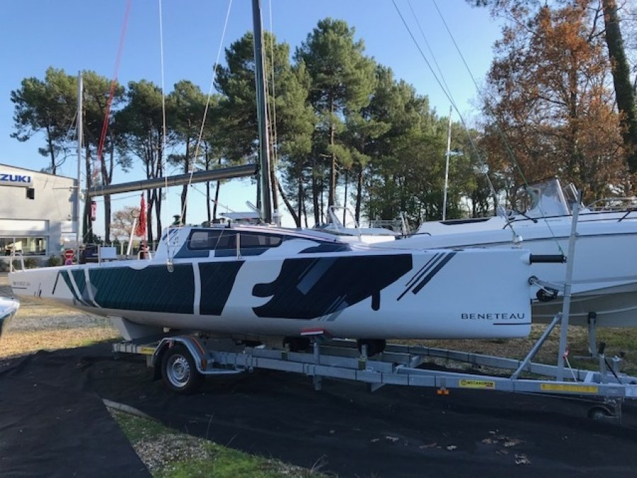 Beneteau First 24 new