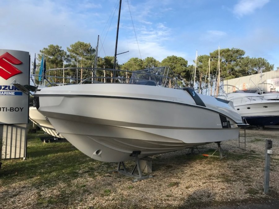 Beneteau Flyer 8.8 SPACEdeck neuf